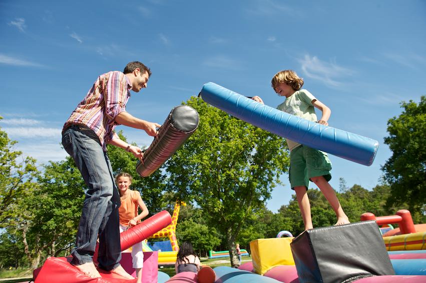 jeux gonflables Parc Le P'tit Delire à Ploemel