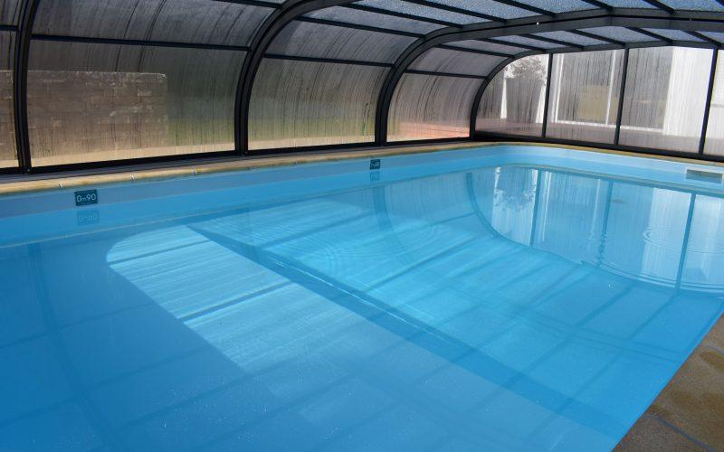 piscine couverte chauffée villa la Frégate Ria d'Etel